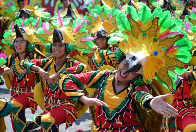 forex-travel-australia-to-davao-kadayawan